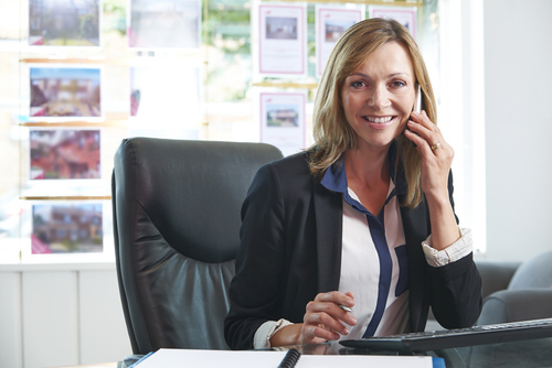 Choose the Right Real Estate Agent to Sell Your Investment Property